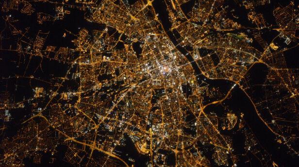 Warszawa z kosmosu Shane Kimbrough / Twitter