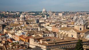 Bezchmurne niebo w wielu miejscach Europy. W Rzymie 17 stopni na plusie