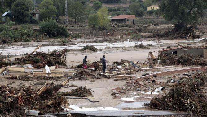 """Powodzie w Hiszpanii i Francji. """"Nigdy nie widziałem, żeby wody tak szybko przybywało"""""""